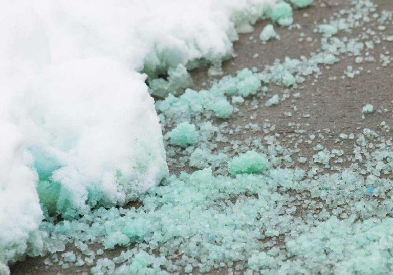salt melting ice